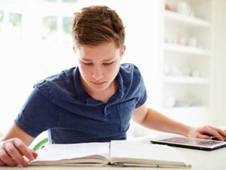 Homeschool Courses, Homeschool Courses-Choosing the Right Curriculum, Family Homeschooler
