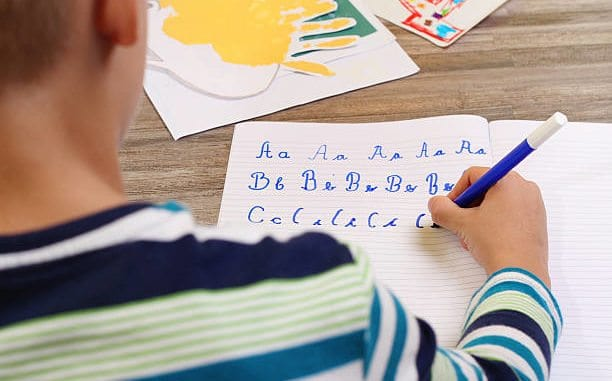 Charlotte Mason Curriculum, Charlotte Mason Curriculum-7 Reasons to Use Charlotte's Approach, Family Homeschooler, Family Homeschooler